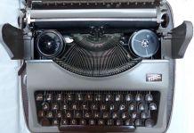 Machine à écrire portative Gossen Tippa