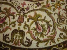 ancien petit tapis napperon descente de lit