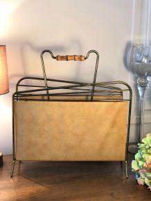 Porte revues en skaï jaune et métal - Vintage
