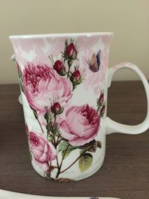 Duo mugs à thé en porcelaine anglaise