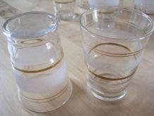 10 verres a liqueurs vin cuit 1940/50  sablées