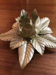 Applique fleur vintage en métal doré