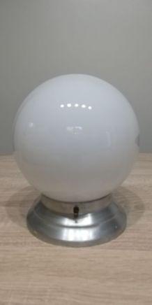 Applique boule opaline blanche sur base aluminium