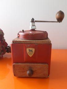moulin à café PEUGEOT Frères  bois et métal rouge