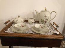 Service a thé ancien