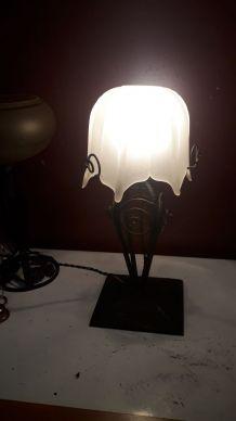 Lampe art nouveau / art déco fer forgé pâ