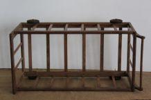 Jouet ancien : lit roulotte