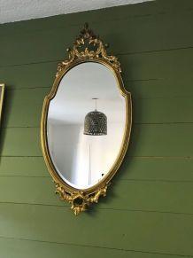 Grand miroir ancien doré et biseauté