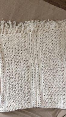Couvre lit crocheté main