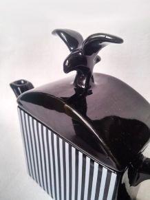 Service à café rayé style art déco avec oiseau