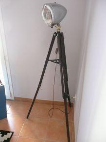 lampadaire trépied bois et phare traction,réglable