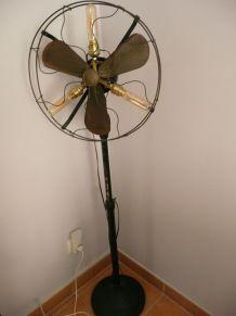 lampadaire ancien ventilateur