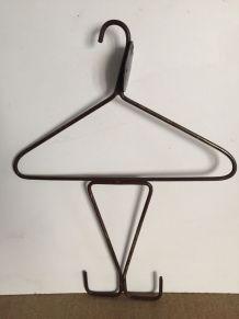 Cintre de vestiaire, accessoire métier MF