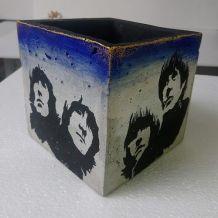 cache pots  Beatles
