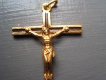 belle Croix cross religions en plaqué or FAB FRANCE
