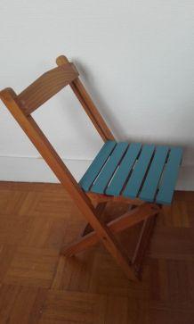 Paire de chaises en bois enfants