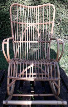 Rocking-chair en rotin vintage 1960
