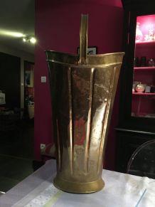 Grand vase ou porte-parapluie laiton