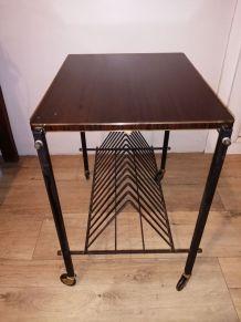 Table porte revues /vinyles/d appoint