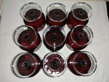 """9  anciens verres """"Suède""""ou coupes rouge Luminarc"""