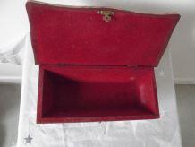 boite a bijoux .bretonne 1930/40