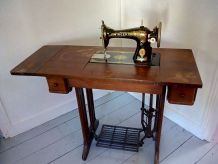 ANCIENNE MACHINE A COUDRE SINGER 1920