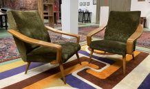 Paire de fauteuils années 70 pieds compas