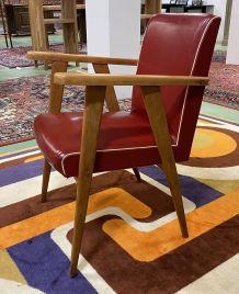 Fauteuil pied compas en skaï rouge années 70