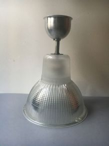 "ANCIENNE LAMPE SUSPENSION ""HOLOPHANE"" INDUSTRIELLE"