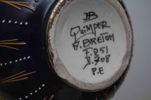 Vase ancien en faïence signé HB Quimper