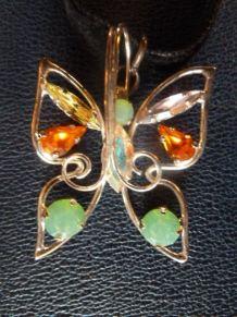 "Pendentif ""papillon"" en métal et cristal, Daniel Swarovski"