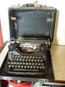 Machine a ecrire underwood portable