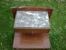 Table de chevet art deco