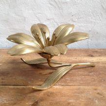 Cendrier fleur en laiton années 70
