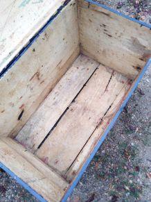 Malle bleu en bois