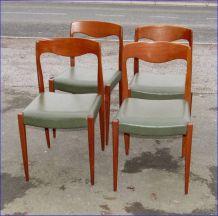 Lot de 4 chaises suédoises en tek années 60/70