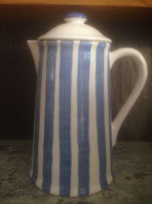 Cafetière en céramique Blanche rayée bleu