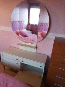 Coiffeuse élégante miroir triptyque