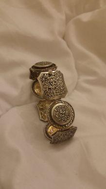 Bracelet en argent massif ancien