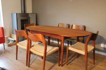 Table à manger vintage, style scandinave, en teck