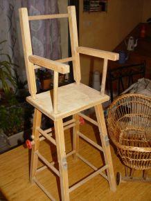 Chaise haute poupée années 50/60