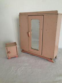 Mobilier de  poupée : armoire et commode