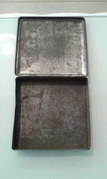 Boite metal à chocolats.