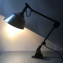 ANCIENNE LAMPE APPLIQUE INDUSTRIELLE BAUHAUS MIDGARD