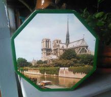 Boite en tôle lihographiée Notre dame de Paris (rare)