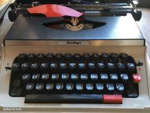 Machine à écrire Monditype