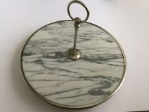 Plateau à fromage en marbre et métal argenté