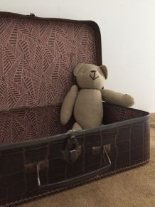 Petite valise d'enfant, façon croco