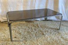 Table basse métal chromé et verre – années 70