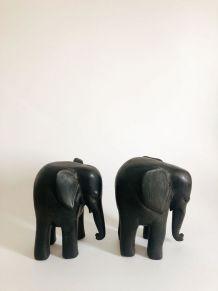 Paire Sculptures éléphants afrique bois ébène